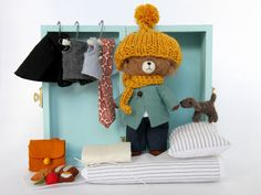Image of Nooka. http://manomine.bigcartel.com/product/smaller-fox-set-betty#