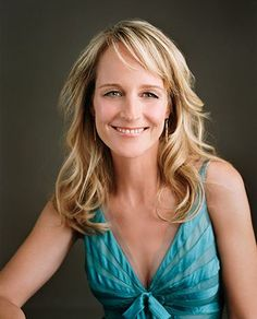 Helen Hunt one of the greatest actresses in hollywood she always seems so realistic even if she's in an unrealistic setting and she's a Jew