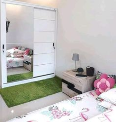 Read all you need to know about living room minimalist. Get inspired simple living room design, modern small living room, Minimalist interior design. Bedroom Closet Design, Home Room Design, Home Design Plans, Living Room Designs, Bedroom Decor, Teenage Girl Room Decor, Studio Living, Dream Rooms, New Room