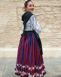 Refajo de listas. Traje tradicional de trabajo. Murcia Murcia, Costume, Victorian, Skirts, Dresses, Fashion, Shandy, Ethnic Dress, Suits
