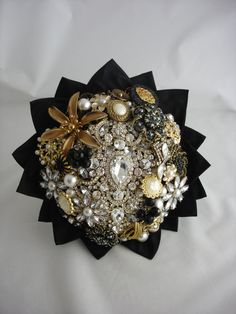 Lillybuds Luxurious Small Black and Gold Brooch Bouquet.