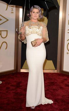 Kelly Osbourne from 2014 Oscars (she looks Gorge)