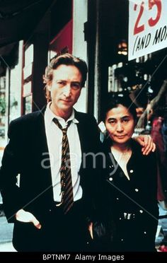 Download this stock image: JOHN LENNON & YOKO ONO EX-BEATLE & WIFE (1980) - BPTNM7 from Alamy's library of millions of high resolution stock photos, Stock Photo, illustrations and vectors.