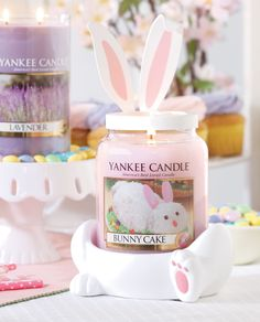 Protect your counters and furniture surfaces in hopping style this Easter season. Our Happy Feet Bunny Jar holder, click the photo to see it online