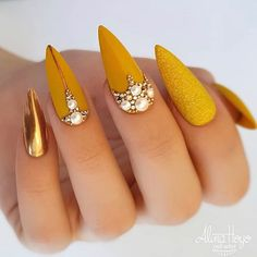 """""""your success is our reward"""" – Ugly Duckling Nails Inc. Beautiful mustard nails by Ugly Duckling Benelux Distributor and Family Member 😍Ugly Duckling Nails is dedicated to keeping love, support, and positivity flowing in our industry ❤️ Classy Nails, Stylish Nails, Simple Nails, Cute Nails, Pretty Nails, Diy Nails, Shellac Nails, Nails Inc, Bling Nails"""