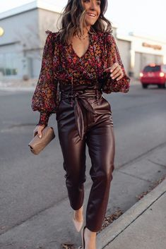 Summer Pants Outfits, Winter Fashion Outfits, Look Fashion, Autumn Fashion, Outfit Summer, Outfit Night, 2000s Fashion, Outfit Winter, Leather Trousers Outfit
