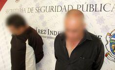 Tras impactar en su huida contra una patrulla policial, municipales de Juárez detienen a dos que secuestraron a mujer por negarse a volver con uno de ellos