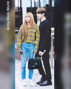 """Army Blink World on Instagram: """"🐰💜🐱 Jungkook & Lisa #lisajungkook #lisa #lisablackpink #lizkook #btsjungkook #jeonjungkook #bts #blackpink #blackpinklisa #blackbangtan"""" Perfect Couple, Sweet Couple, Fake Instagram, Bts Book, Lisa Blackpink Wallpaper, Blackpink Memes, Jeon Somi, Korean Couple, Blackpink And Bts"""