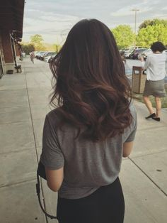 Long Wavy Ash-Brown Balayage - 20 Light Brown Hair Color Ideas for Your New Look - The Trending Hairstyle Medium Hair Styles, Curly Hair Styles, Hair Highlights, Light Highlights, Gorgeous Hair, Hair Looks, Hair Lengths, New Hair, Hair Inspiration