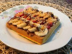 Waffle tarifimiz sizlerle. Bu konumuzda sizlere waffle hakkında bilgiler verdik. Konumuzun altında bulunan linkten asıl waffle tarifimize ulaşabilirsiniz.