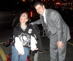 Encounter with Sidney Crosby warms the heart of Lisbon family.     #cerebralpalsy
