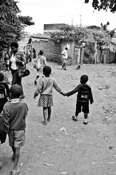 Walking home from school. Photography by mollyinkenya.