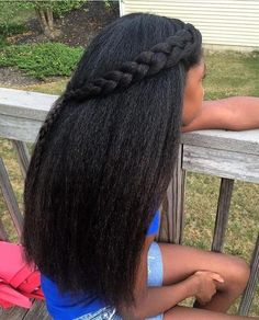 What are some black hair growth secrets that you can't live without? These black hair growth tips will help you out. African Americans need these Tips and Remedies that work just like taking Vitamins or growth Products. Black Hair Growth, Hair Growth Tips, Natural Hair Growth, Hair Tips, Hair Secrets, Long Natural Hair, Curly Hair Styles, Natural Hair Styles, Back To School Hairstyles