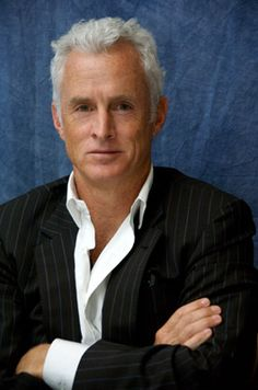 John Slattery. A favorite silver haired gentleman. The White Stripe: a hair dilemma - Page 7
