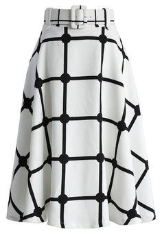 White Midi Skirt, White Skirts, Checkered Skirt, Calf Length Skirts, Older Women Fashion, Plaid Skirts, Printed Skirts, Unique Fashion, Fashion Fashion