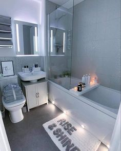 Tiny Bedroom Design, Bathroom Design Luxury, Decor Home Living Room, Home Bedroom, Home Design Decor, Dream Home Design, Dream Bathrooms, Dream Rooms, Luxury Homes Dream Houses