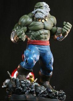 Hulk Maestro statue - Sculpted by: Randy Bowen and Troy McDevitt