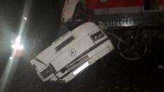 Treno travolge autobus fermo sui binari, 19 morti in Russia - http://retenews24.it/treno-autobus-binari-strage/