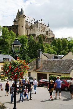 Vianden, Luxembourg (by Karyatis)