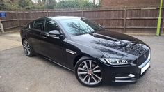 XE R-Sport 240 ultimate black