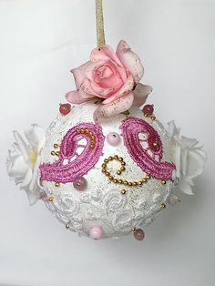 Duża  bombka 3D-koronka, brokat,koraliki,kwiaty w SrokaArt na DaWanda.com