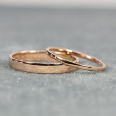 Verlobungsring rosegold Rose Gold Wedding Band Set, and Width Rings, Solid Rose Gold, Eco Friendly, Rutledge Jewelers ringe Three Stone Natural Ruby Ring Unique Engagement Ring Yellow Gold Ruby Ring - Fine Jewelry Ideas Rose Gold Infinity Ring, Infinity Ring Wedding, Rose Gold Band Ring, Wedding Rings Sets Gold, Wedding Band Sets, Wedding Rings Sets His And Hers, Wedding Jewelry, Simple Wedding Bands, Matching Wedding Bands