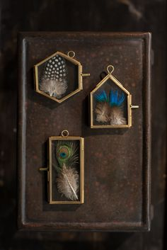 Vagabond Vintage, Small Brass Frames with Hanging Loops