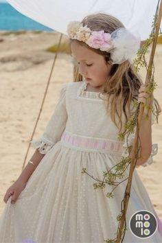 Look de Bebeschic | MOMOLO Street Style Kids  :: La primera red social de Moda Infantil ::  :: The first childrens fashion social network. Publica un look en www.momolo.com  #momolo #bebeschic #modainfantil #streetstyle #fashionkids #kids #childrenswear #ropa #niños #childrenswear #comunion #communion
