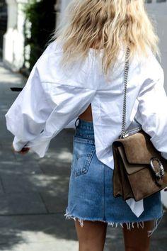 Denim skirt | White blouse | Gucci bag | Streetstyle | More on Fashionchick.nl