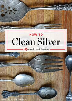 This baking soda and aluminum foil recipe might just be the holy grail of all natural silver polish. Like a magic cleaning wand for the laziest of chore keepers this concoction makes tarnish disappear quickly right before your eyes. Silver Jewelry Cleaner, Cleaning Silver Jewelry, Cleaning Tarnished Silver, How To Clean Silverware, Tarnish Remover, Baking Soda Uses, Diy Schmuck, Glass Dishes, Cleaning Hacks