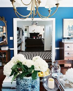 Ocean Hues  http://www.lonny.com/30+Easy+Color+Ideas+for+Every+Room+of+Your+House/articles/7F2Tqk1RxhR/Ocean+Hues