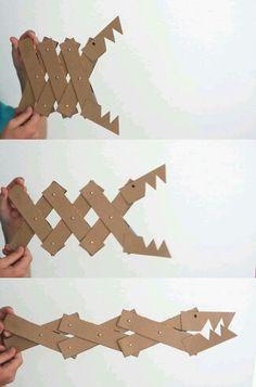 Cocodrilo de cartón