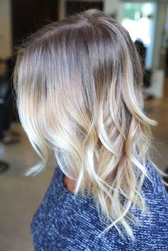 Light blonde ombré