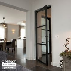 Steel Doors And Windows, Chic Bathrooms, Bedroom Layouts, Dream Decor, Home Living Room, My Dream Home, Interior Inspiration, Decoration, Colorful Interiors
