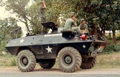 Let's Roll!Military Police of the Vietnam War Lets Roll, Vietnam War Photos, American Veterans, Military Police, Vietnam Veterans, Armored Vehicles, Police Cars, Military History, Us Army