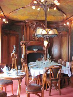 Eugène Vallin (1856-1922) & Victor Prouvé (1858-1943) - Dining Room. Le Musée de l'École de Nancy