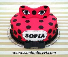 blog_b303_bolo_miraculous_ladybug_53892 Bolo Lady Bug, Cumpleaños Lady Bug, Bug Birthday Cakes, Bithday Cake, Bolo Miraculous Ladybug, Barbie Torte, Charlotte Cake, Ladybug Cakes, Hello Kitty Birthday