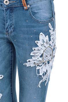 Kotníkové džíny se zdobením Hailys  skinnydziny  zdobenedziny f23519fd12