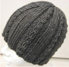 Knitting Patterns – Cap with Mini-cables – Knitting patterns, knitting designs, knitting for beginners. Cable Knitting Patterns, Loom Knitting, Knitting Designs, Baby Knitting, Crochet Baby Hats, Crochet Slippers, Knitted Hats, Diy Crafts Knitting, Cable Knit Hat