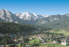 The name Seefeld in Tirol stands for an important winter resort. Places To Travel, Places To Visit, Tirol Austria, Heart Of Europe, Vacation Memories, Beautiful Places In The World, Amazing Places, Innsbruck, Felder