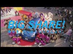 ▶ THE WORLD'S BIGGEST UFO CATCHER - YouTube