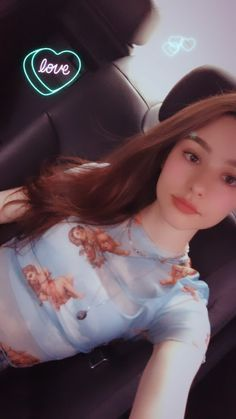 Beautiful Girl Wallpaper, Beautiful Girl Photo, Beautiful Anime Girl, Beautiful Eyes, Beautiful People, Girl Iphone Wallpaper, Girl Korea, Short Wavy Hair, Russian Beauty