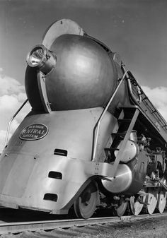 A 1930s locomotive designed by Henry Dreyfuss. This photo, from the Robert Yarnall Richie Collection at the DeGolyer Library at Southern Methodist University, was the inspiration for the cover of the newest Van Halen album, A Different Kind of Truth. (Robert Yarnall Richie)