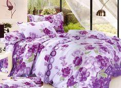 Biele obliečky na postele so vzorom fialových kvetov