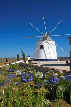 #Windmill in Castro Marim, #Portugal http://www.roanokemyhomesweethome.com