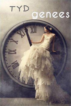 Fashion Editorial Photos of Model, Miranda Zhao Yu Fei Stunning Editorial photography inspiration. The Dress, Dress Skirt, Foto Fantasy, Fantasy Art, Cristian Dior, Foto Portrait, Foto Fashion, High Fashion, Fairytale Dress
