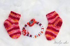 Geschenke-/Sparset - Socken mit Greifling - 023 von Strickparadies auf Etsy