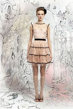TheRed Valentino collection for Fall 2012 is incredibly dreamy. The clothes, the styling, the sketched backdrops – all of it...