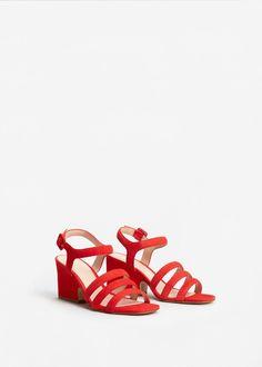 Leren sandalen met bandjes | MANGO