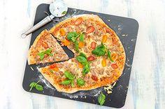Tonnikala-tomaattipizza